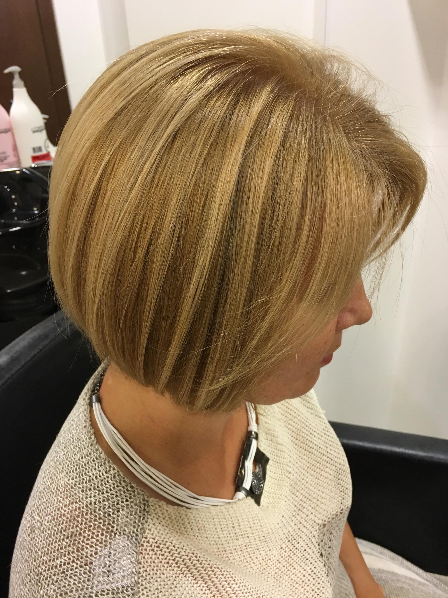 31 прическа для волос до плеч 15